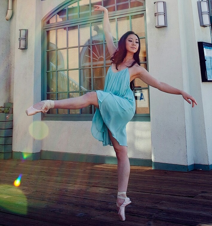 Dancer from Los Angeles with Scoliosis